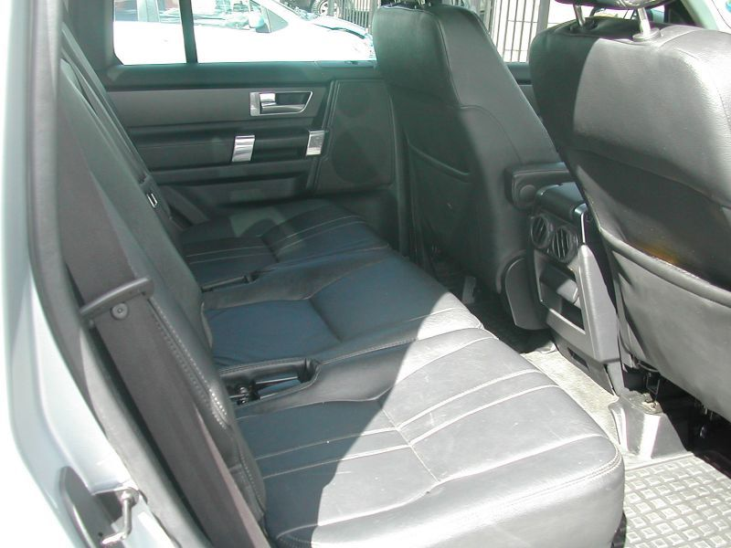 2009 Land Rover Discovery 4 TDV6 SE pictures