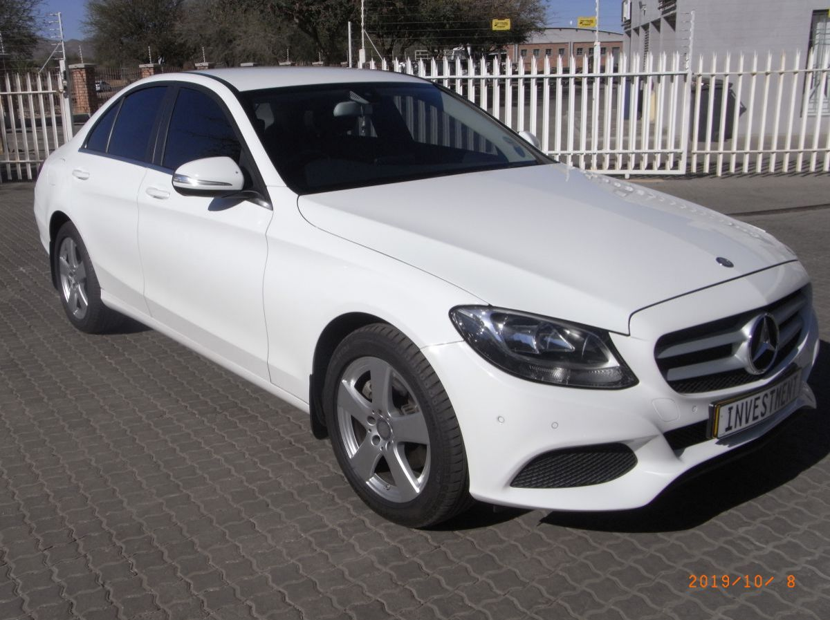 Used Mercedes-Benz C200  for sale in Windhoek, Namibia