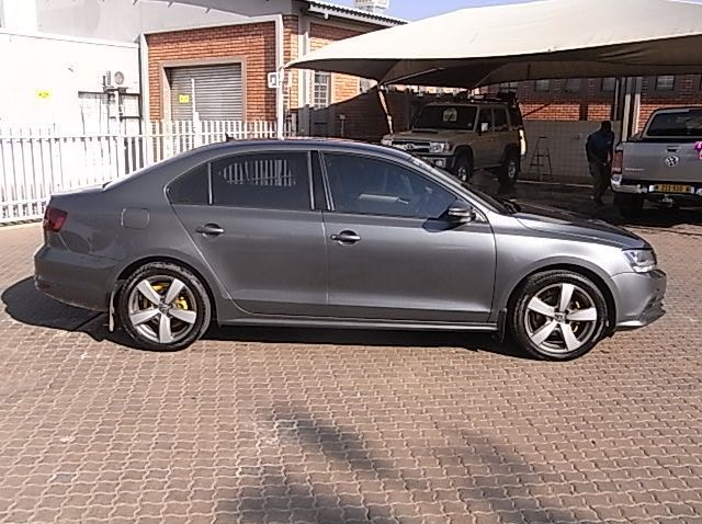 Used Volkswagen VW JETTA 1.4 COM -LINE  for sale in Windhoek, Namibia