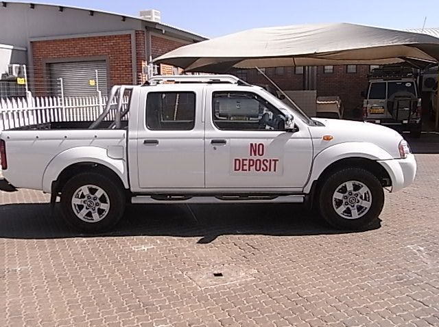 Used Nissan NISSAN NP300 2.5 DC 2X4 PETROL  for sale in Windhoek, Namibia