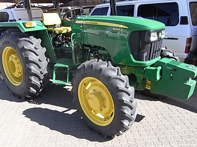 Used John Deere 5065E 4x4  for sale in Windhoek, Namibia