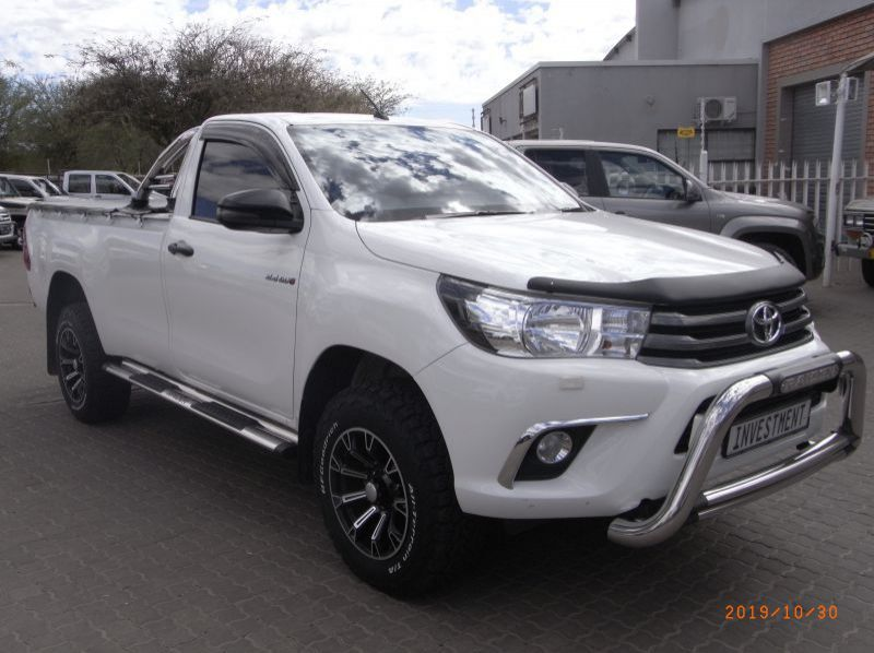 Used Toyota HILUX 2.4 S/C SRX 4X4 A/T  for sale in Windhoek, Namibia