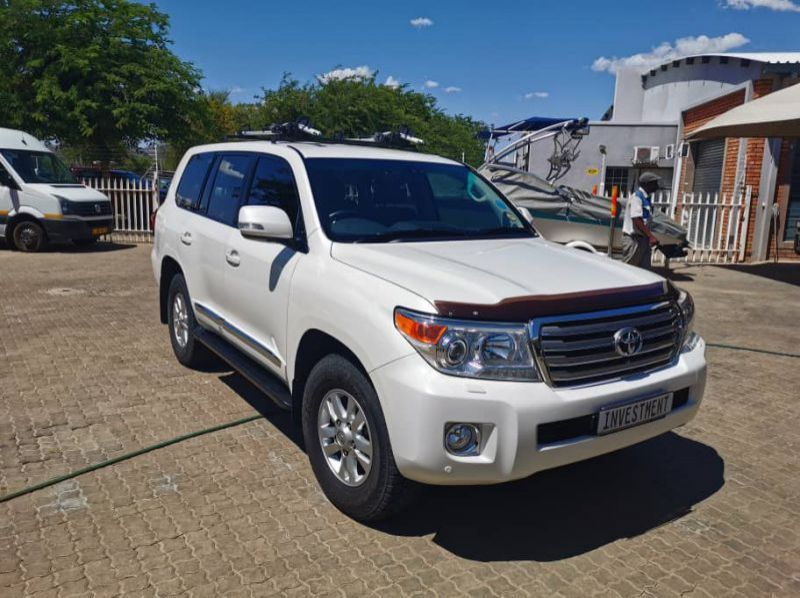 Used Toyota LANDCRUISER 200 SERIES 4.5 V8 DIESEL TURBO VX  for sale in Windhoek, Namibia